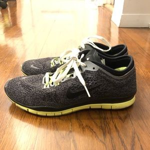 Nike 5.0 Free sneakers